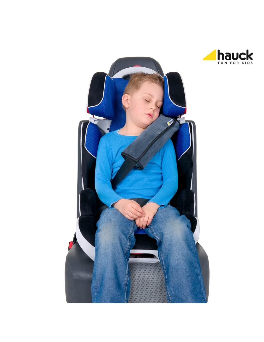 Как сделать ребенку дополнительные ремни безопасности